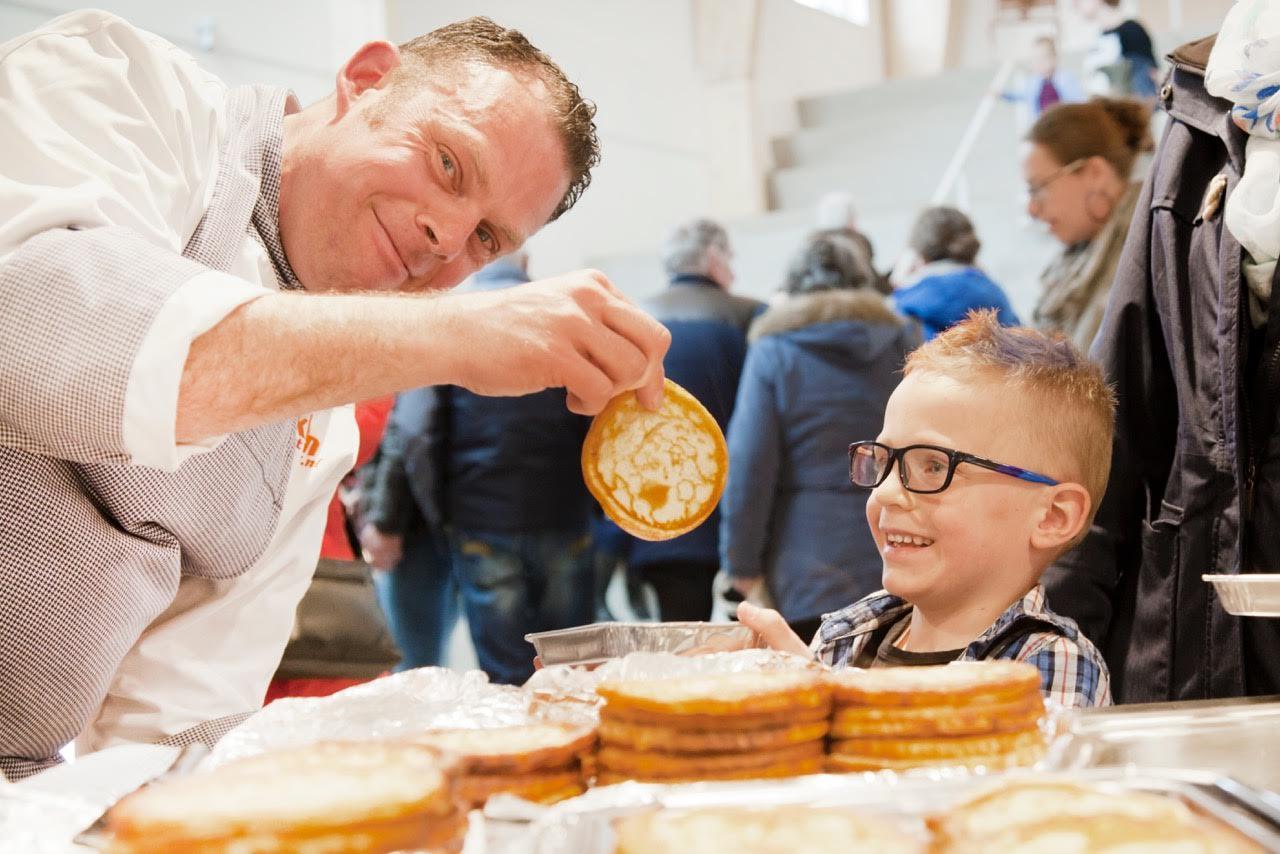 Een feestelijke opening van twee nieuwe scholen in het Zwolse Stadshagen.