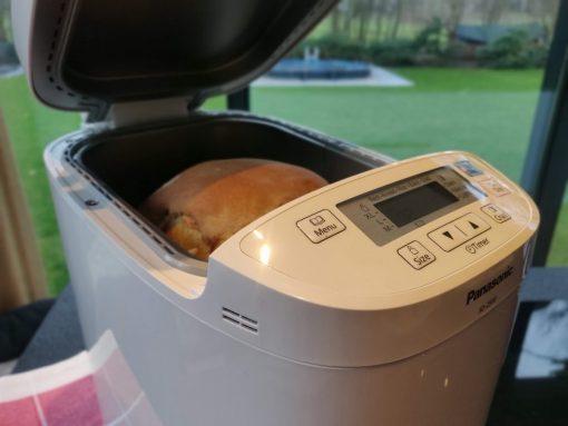 Suikerbrood in de broodbakmachine